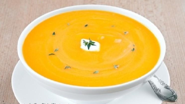 Como emagrecer com a dieta da sopa.